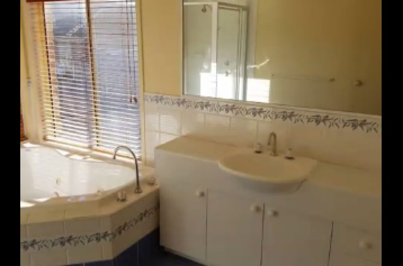 Before & After – Main Bathroom & Ensuite Transformed within 3 weeks