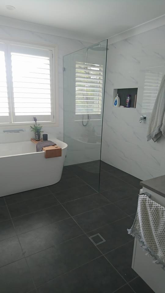 Main Bathroom with the WOW Factor