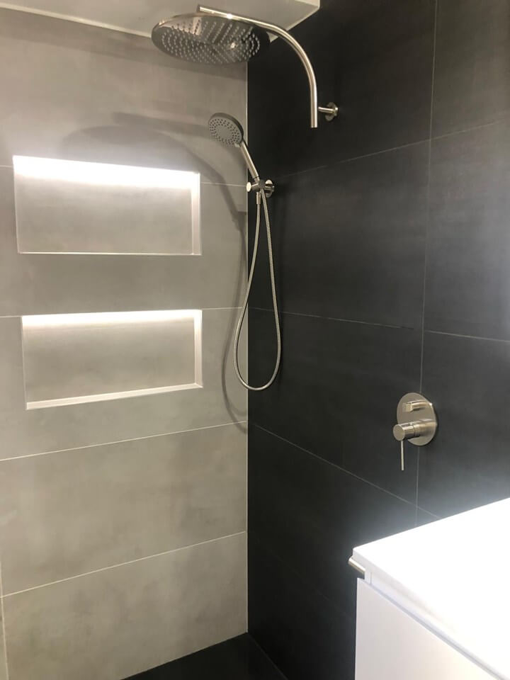 Satin Black Tiles + Grey Concrete Tiles = Luxury bathroom Designs